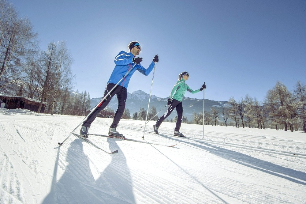 Best ski trails and resorts in Canada and why should everybody visit them